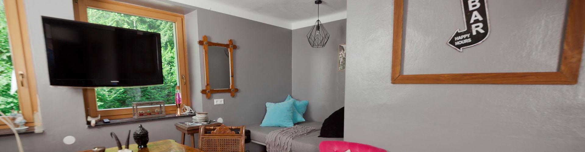 familienurlaub-wohnzimmer-gästeraum
